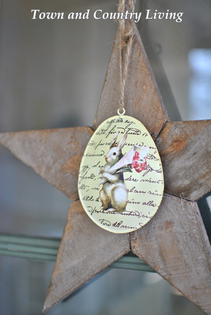 Wooden Star with Easter Egg