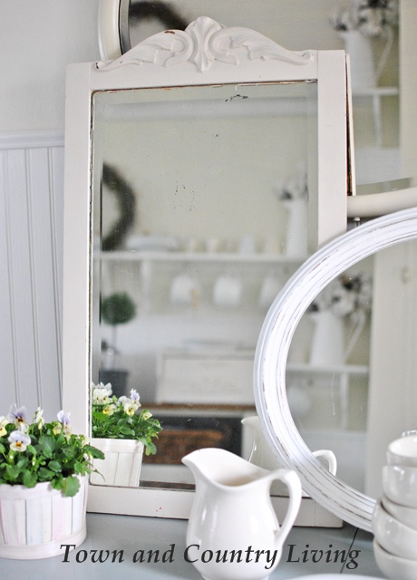 White Vintage Mirror