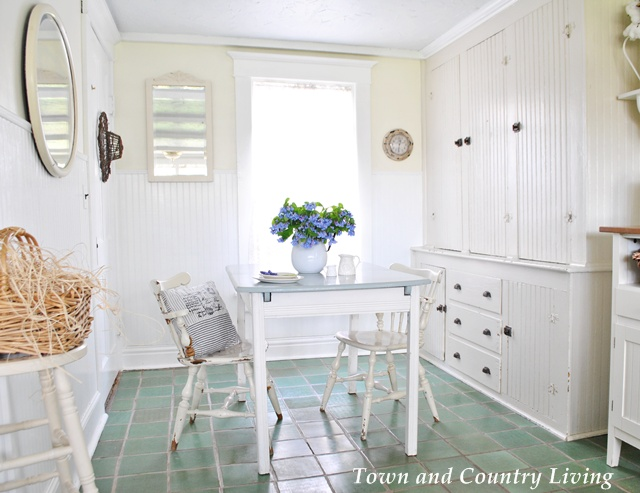 Farmhouse Kitchen Nook