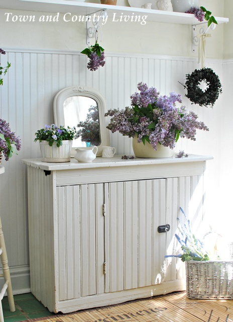 Decorating with lilacs