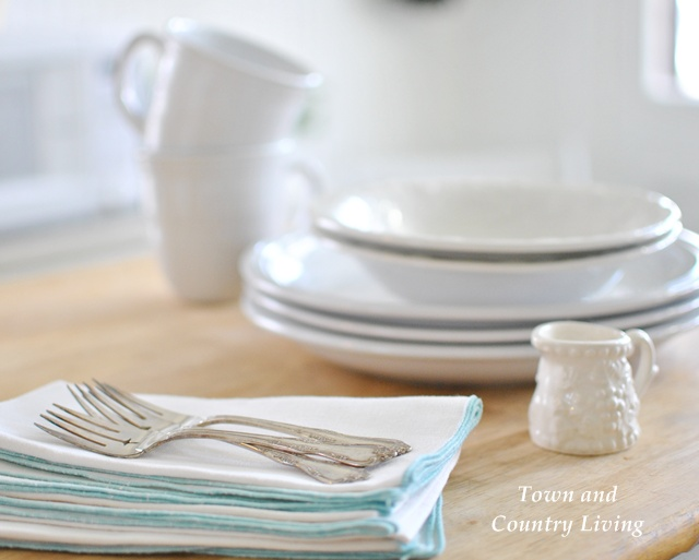 Vintage Napkins and Dinner Ware