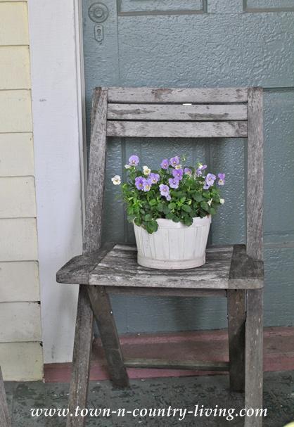 Wooden folding porch chair