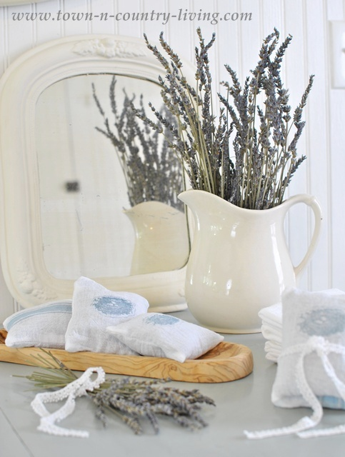 How to Make Lavender Sachets at Town and Country Living
