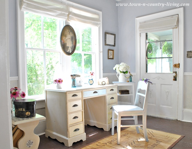 Decoupage Desk in a Cottage Entry Way