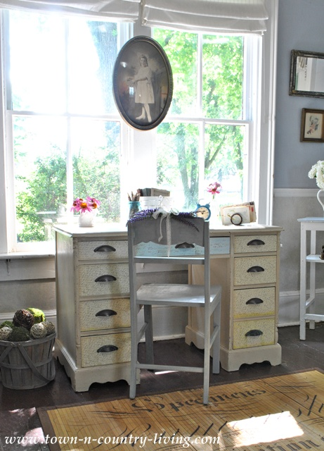 Cottage Style Desk in an Entry Way via Town and Country Living