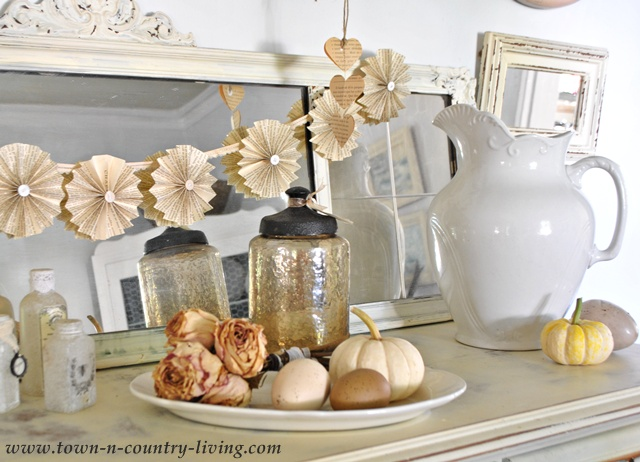 Budget Friendly Fall Decorating Ideas via Town and Country Living
