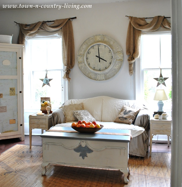 Fall Home Tour - the Family Room via Town and Country Living