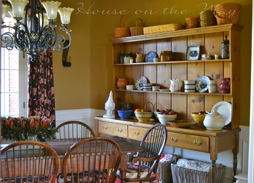 Fall Dining Room by House on the Way