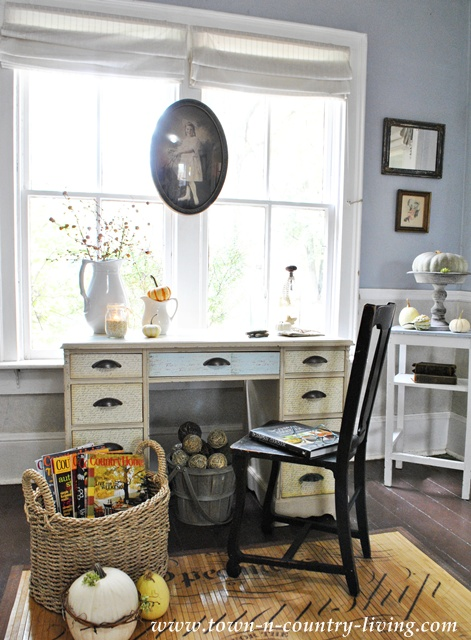 Fall Decorating Details in the Entryway via Town and Country Living