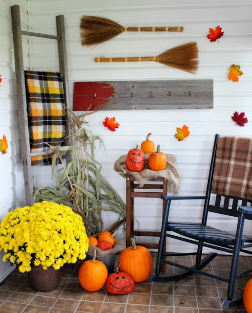 Creekline House Halloween Porch