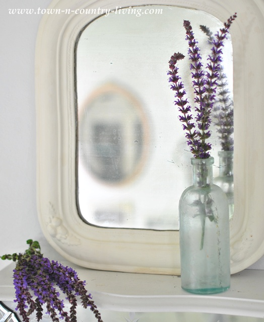 Vintage Mirror Vignette at Town and Country Living