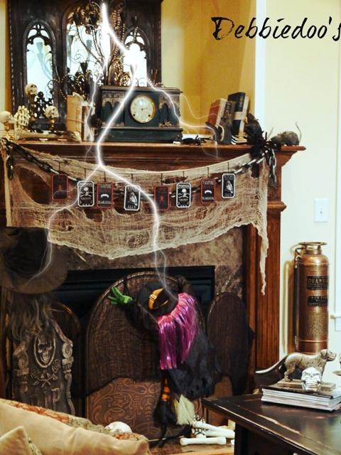 Debbiedoos Halloween Mantel