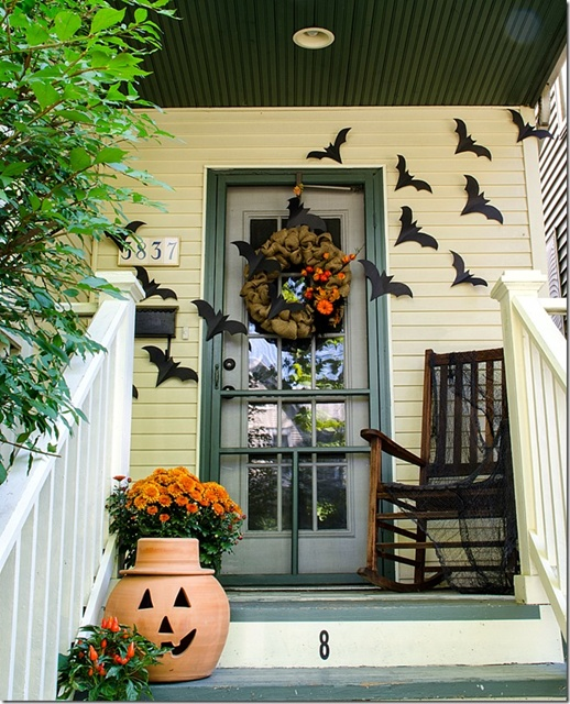It All Started with Paint Halloween Porch