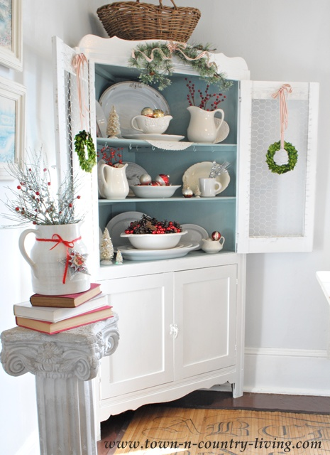 Christmas Home Tour via Town and Country Living