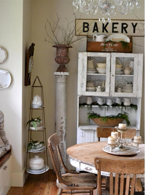 Christmas decor shared by Faded Charm