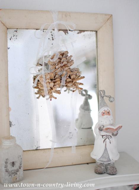 White Santa and Shabby Mirror