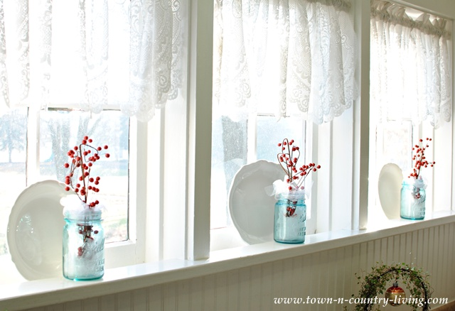 Country Kitchen Windows via Town and Country Living