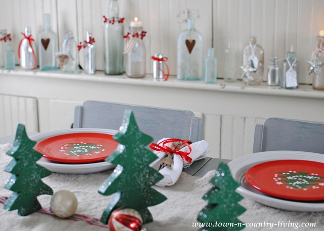 Waechtersbach Christmas Table Setting