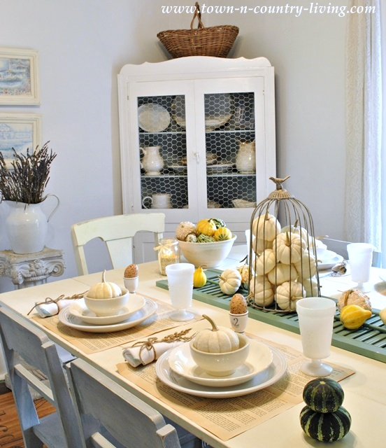 Fall Farmhouse Tour at Town and Country Living
