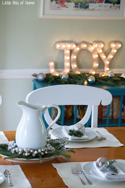Holiday Dining Room by Little Bits of Home