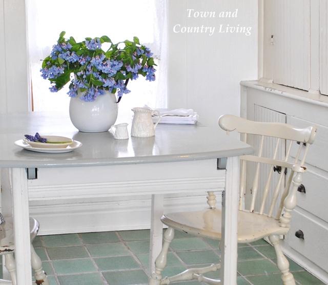 Bluebells in a Farmhouse Breakfast Nook