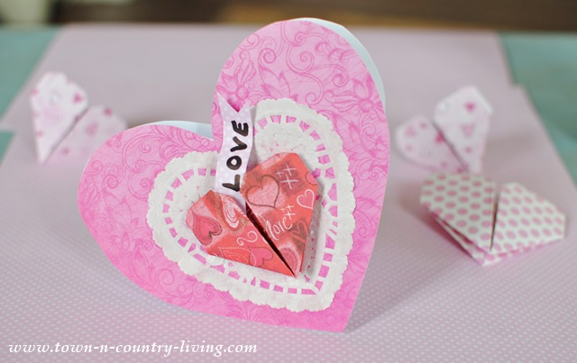 Making 3-D Valentine's Day cards - tutorial at Town and Country Living