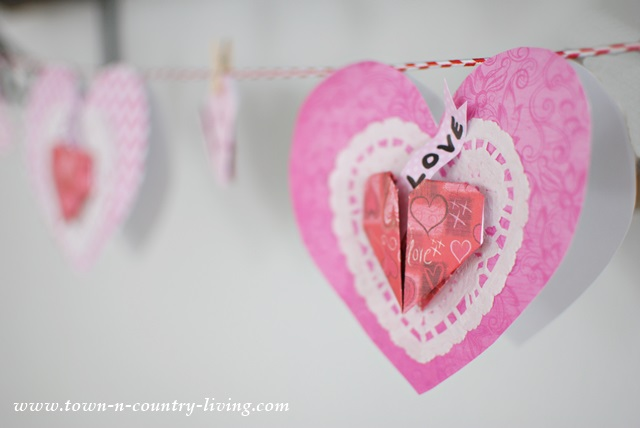 Paper Valentine Hearts with tutorial