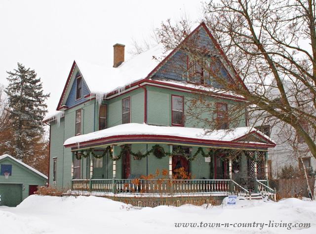 Victorian farmhouse in historic Woodstock, IL