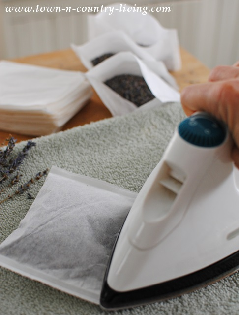 How to make lavender dryer sachets with heat-sealing tea bags
