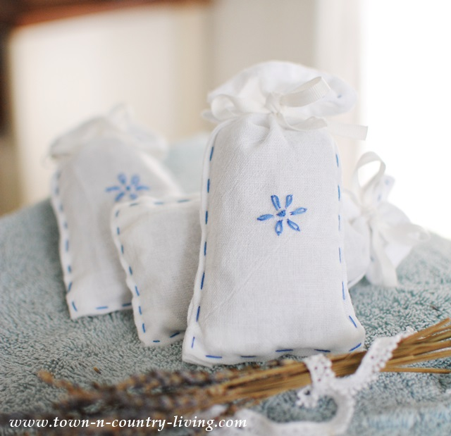 DIY Lavender Dryer Sachets