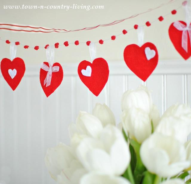 Felt Heart Valentine Banner
