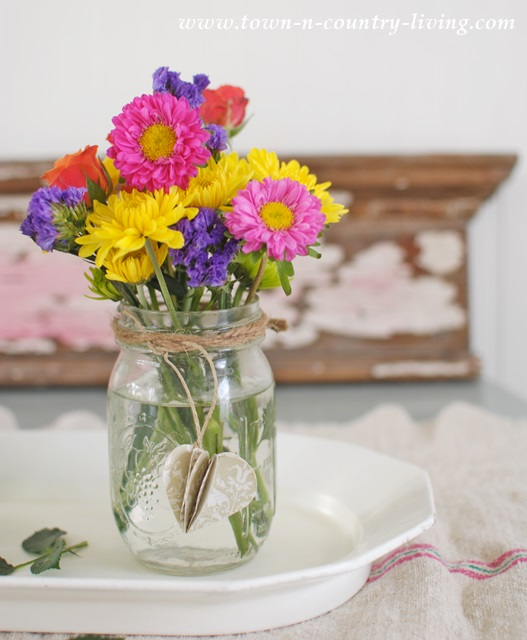 Simple farmhouse centerpiece