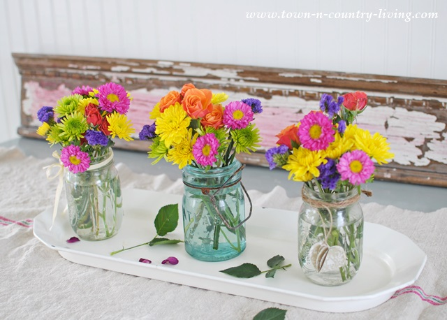 Colorful centerpiece in a farmhouse kitchen