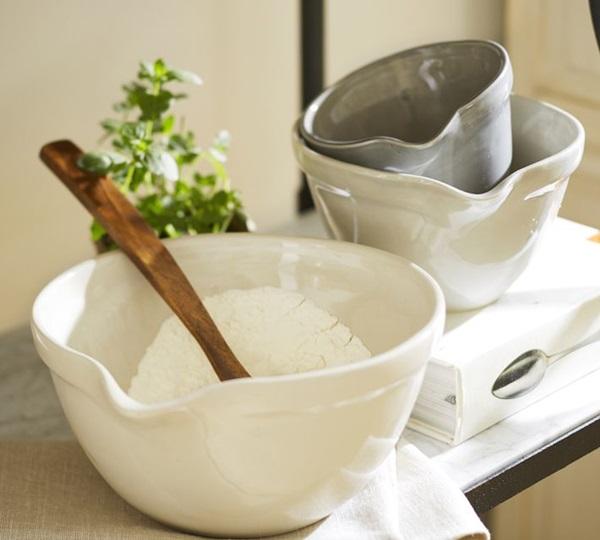 Pottery Barn Mixing Bowls