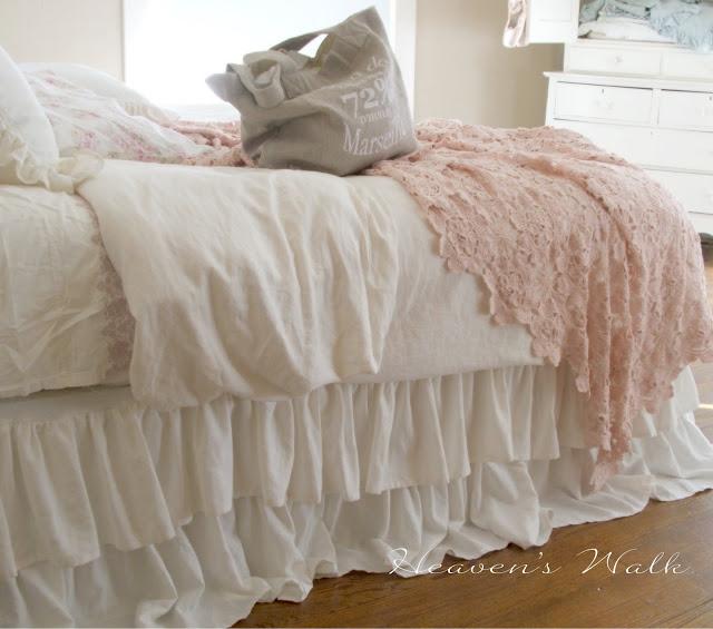 Ruffled-Bedskirt