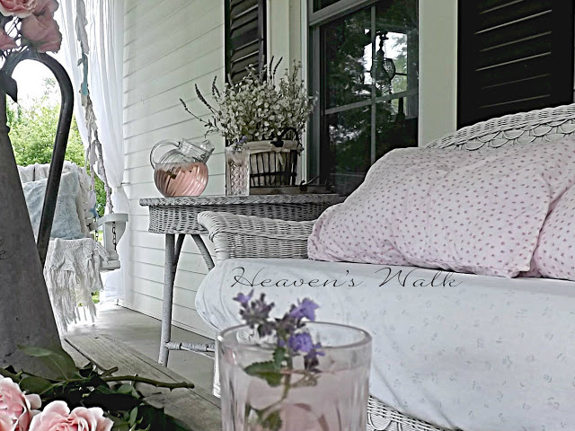 Charming Shabby Chic Farm House Heaven 39 S Walk Town Country Living