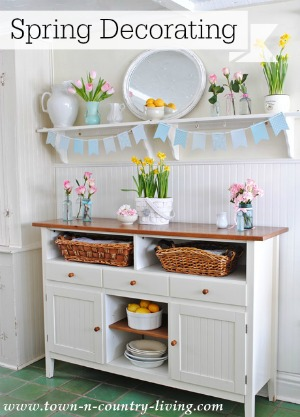 Spring Decorating in a Farmhouse Kitchen