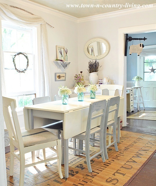 Summer-Country-Dining-Room