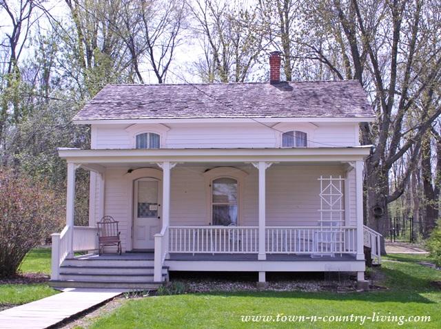 Historic Clapboard Farmhouse in Rockford, Illinois