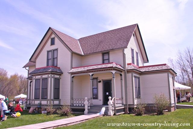 Historic Farmhouse in Rockford, Illinois
