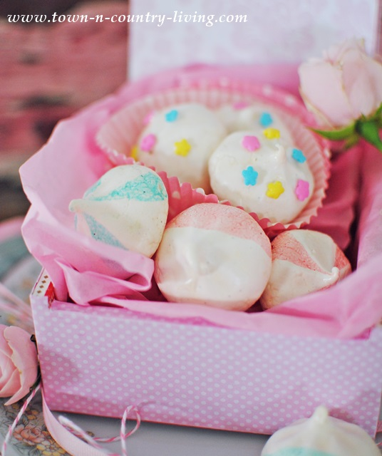 Box of Authentic French Meringue Cookies