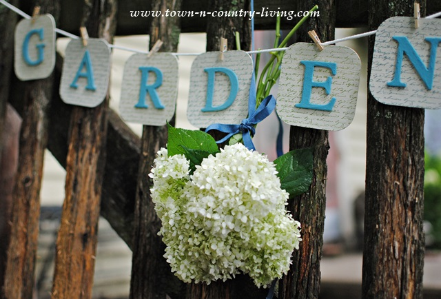How to make a simple garden banner