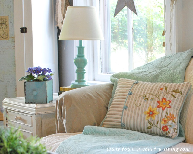 Colorful Pillows for Cottage Style Summer Decorating