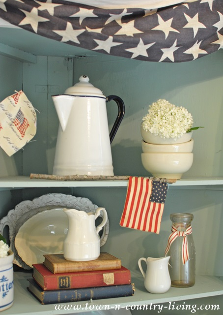 Patriotic Decorating with Vintage Items from around the house
