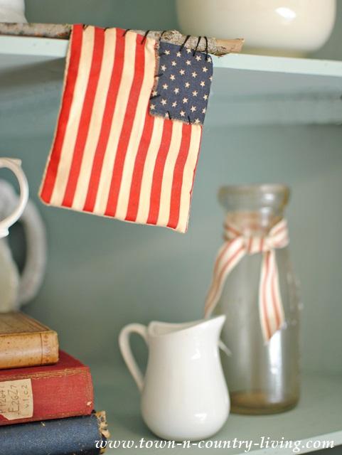 Patriotic Decorating with Vintage Items