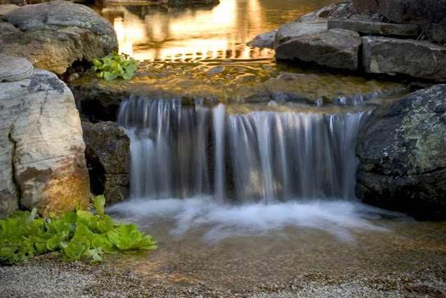 The sound of a pondless waterfall