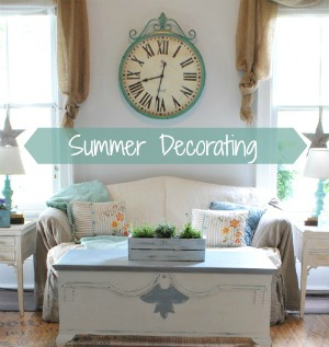 Summer Decorating in a Farmhouse Family Room