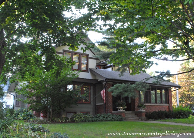 Craftsman Style Home in Geneva Illinois.