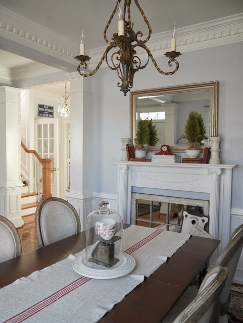 Dining Room at Chateau Chic