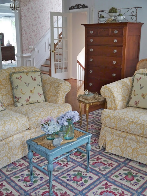 Traditional Family Room in Yellow and Blue
